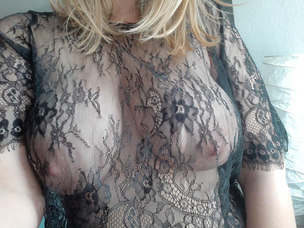 Big tits blonde - 13 Pics