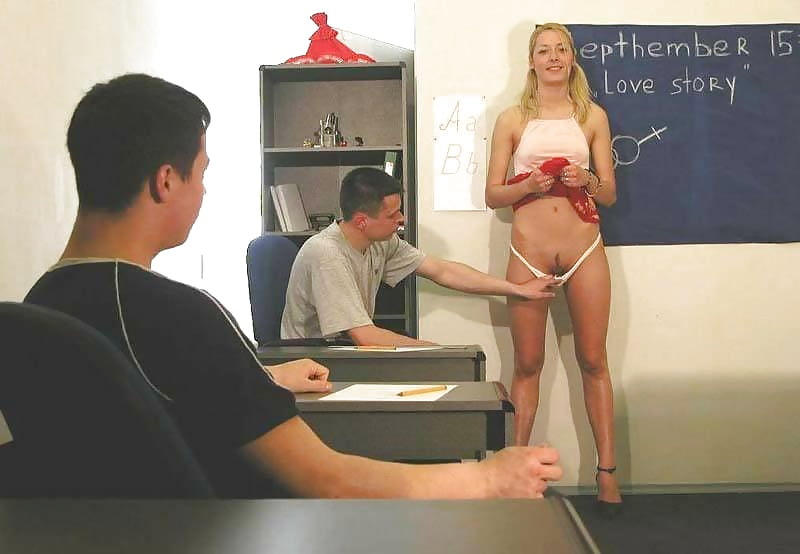 Изучаем анатомию на голой девушке видео онлайн подглядывание видео меня