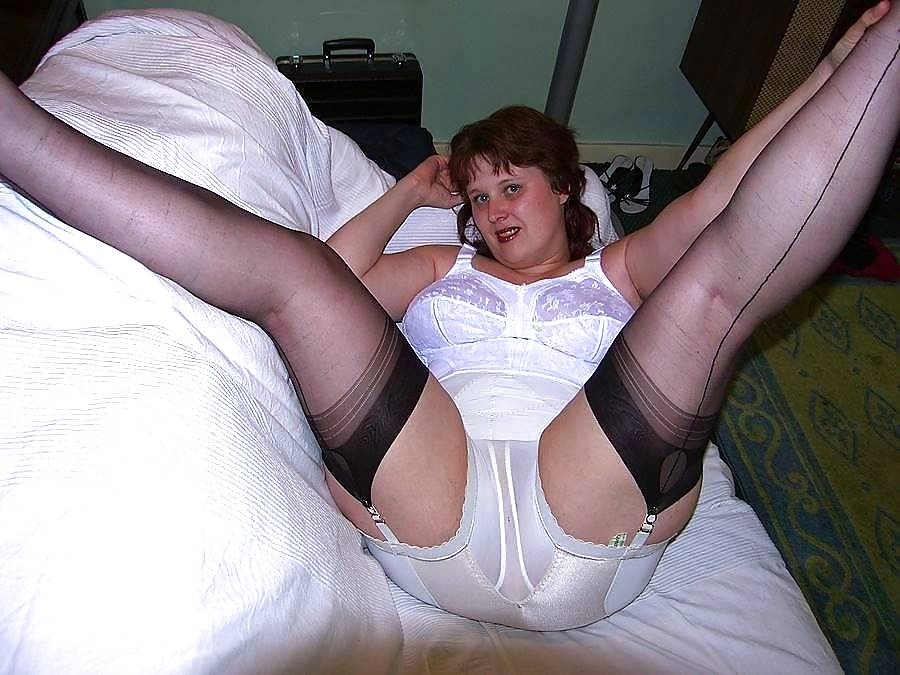 Gran likes sex in stockings