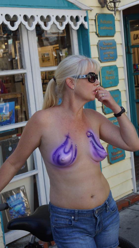 photos Painted boob