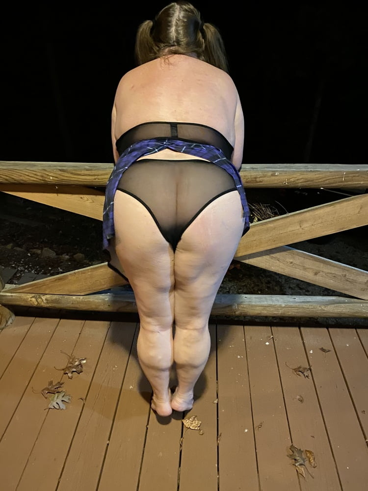 BBW wife on vacation- 63 Pics