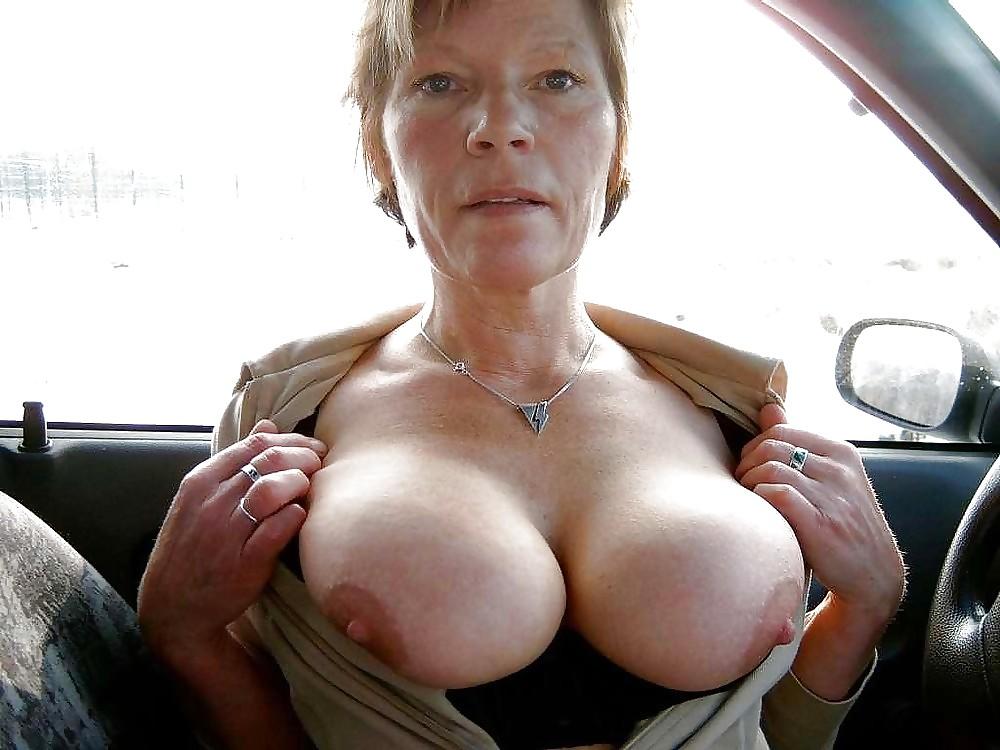 Free Big Tit Granny Pics