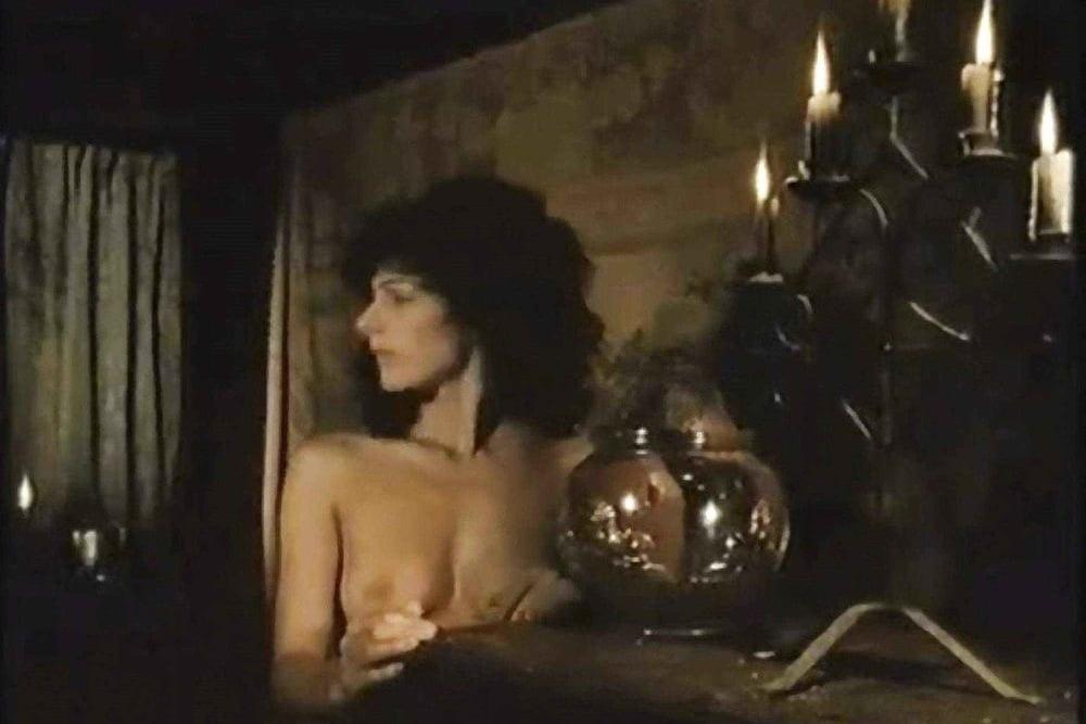 Showing porn images for star trek big boobs porn