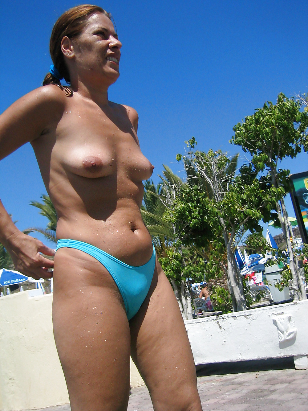 China stock parted strip mature beach sexy swimwear swimsuit bikini