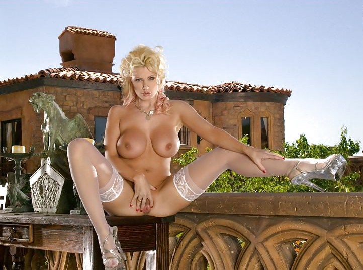 brittany-andrews-naked-hewitt-nude