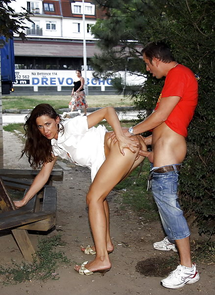 новости секс фото голых в общественных местах следующую