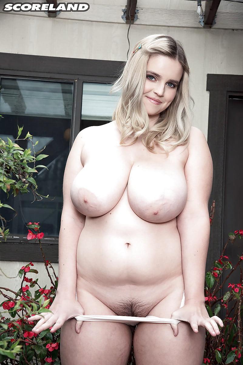 blonde-boob-chubby-photos