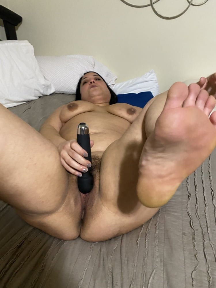Naked women spread eagle-3247