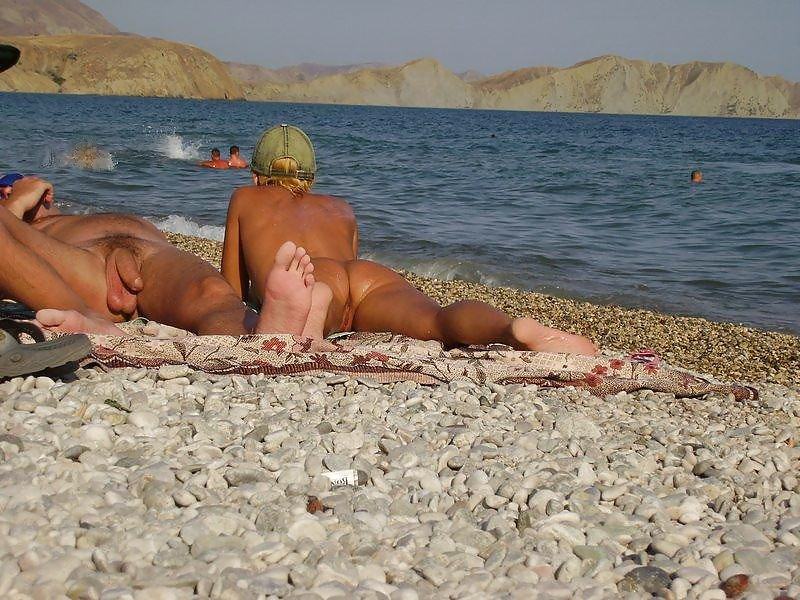 порно дамы на пляжах крыма