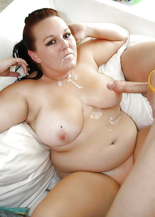 Ssbbw Shaela Showing Off Belly Rolls While Giving And Receiving Oral Sex