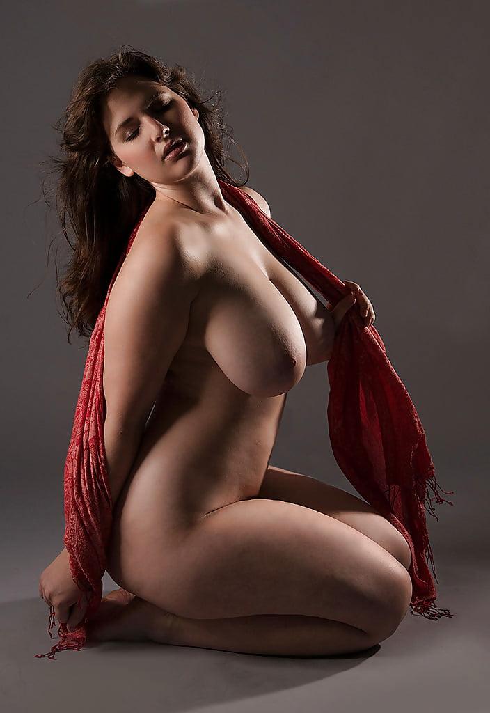 Voluptuous Erotic Art Bj Xnxx Porn Pics