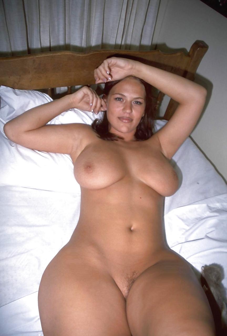 Голые женщины с широкими бедрами частное откровенное фото, видео эротические веселые старты