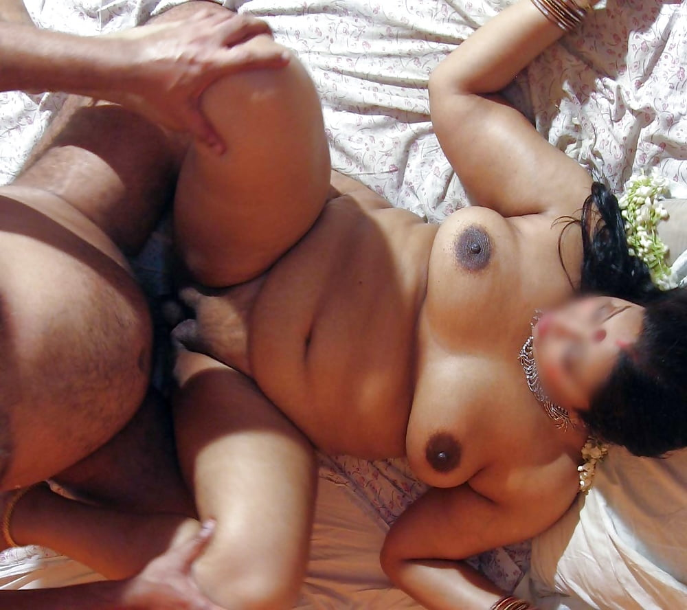 Milf cheating wife fucking amateur young lover doggystyle and moans loud