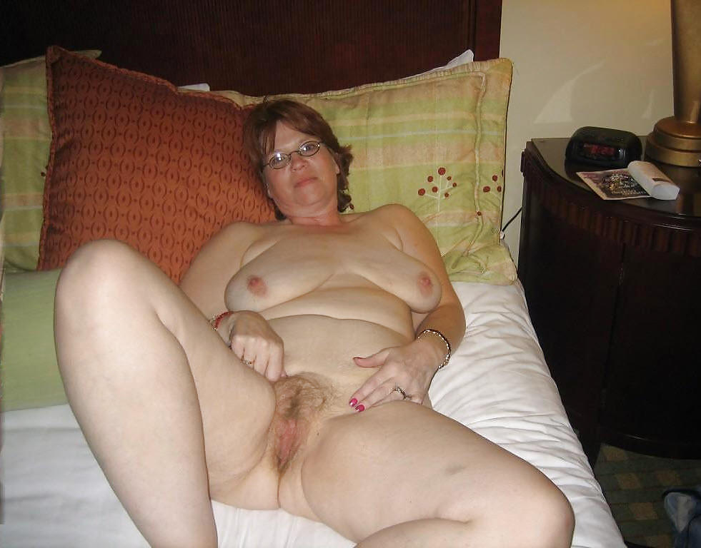 Elaine - Mature Housewife With Saggy Tits And Stretchmarks Fuq.com 1