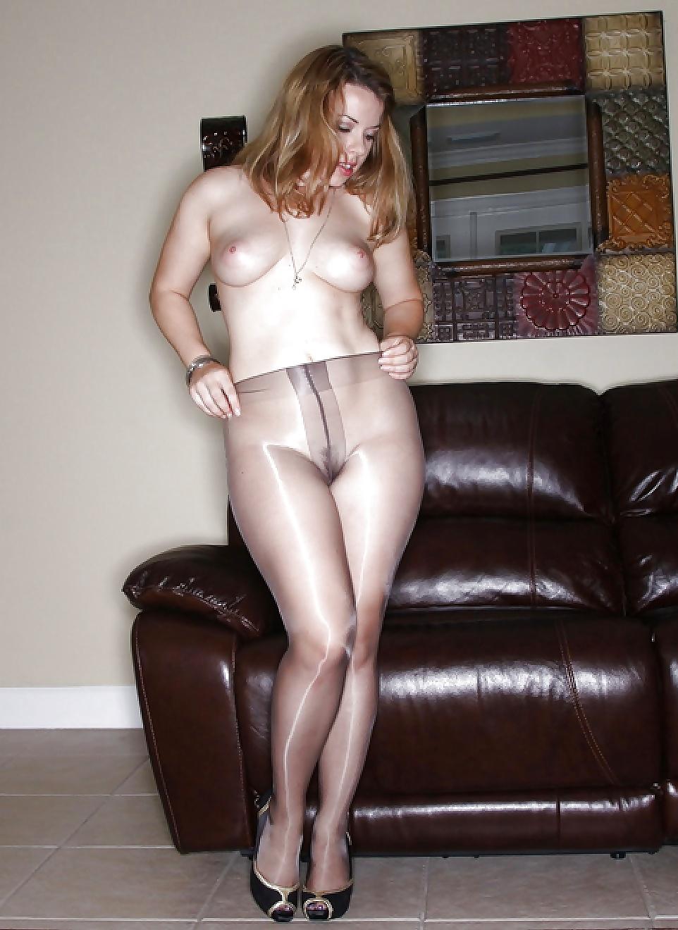 pantyhose-no-nudity-school-girls-naket