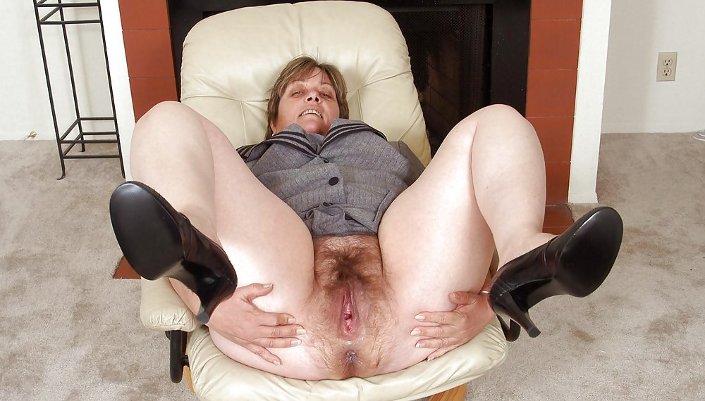 Old Hairy Pussy Pic Free Porn
