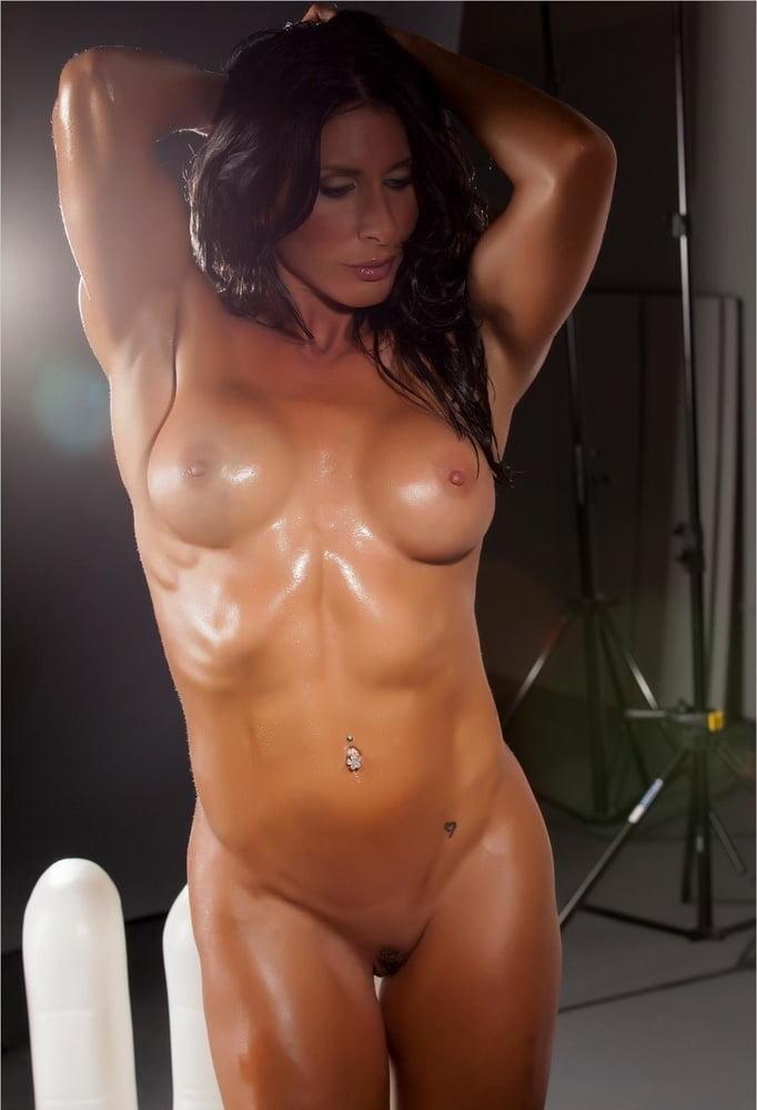 Milf muscle porn