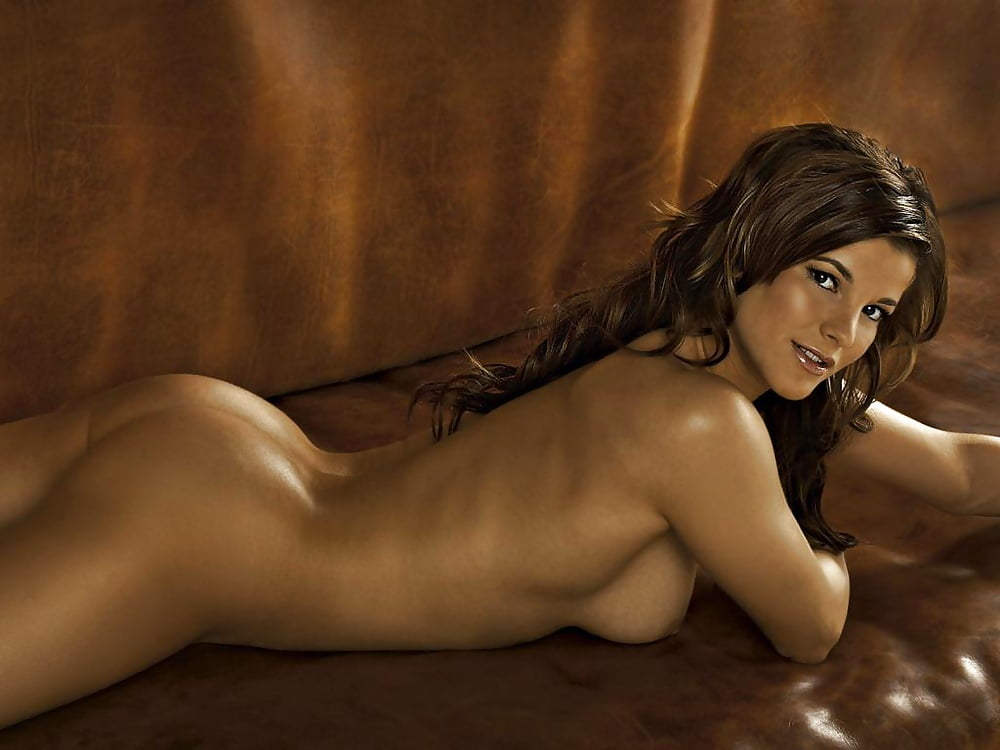 Naked Nude Women Erotic Atlete Scenes