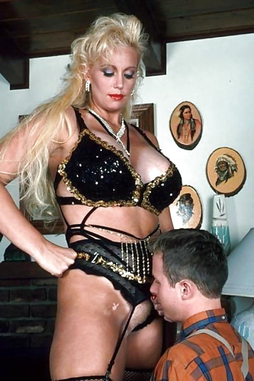 The mother of all female domination photos #8