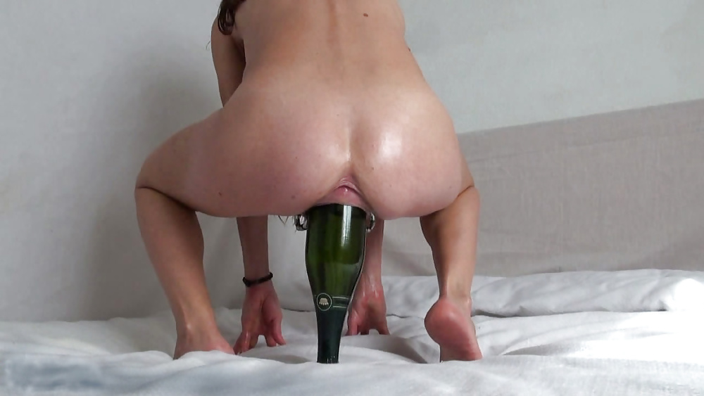 Upside down nude with bottle inserted — photo 5