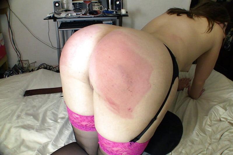 lesbians-spanking-girls-asses