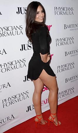 Camila Banus  nackt