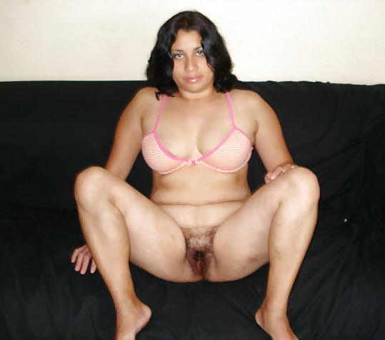 Tamil aunty thighs spread wide naked, jennifer lopes pussy