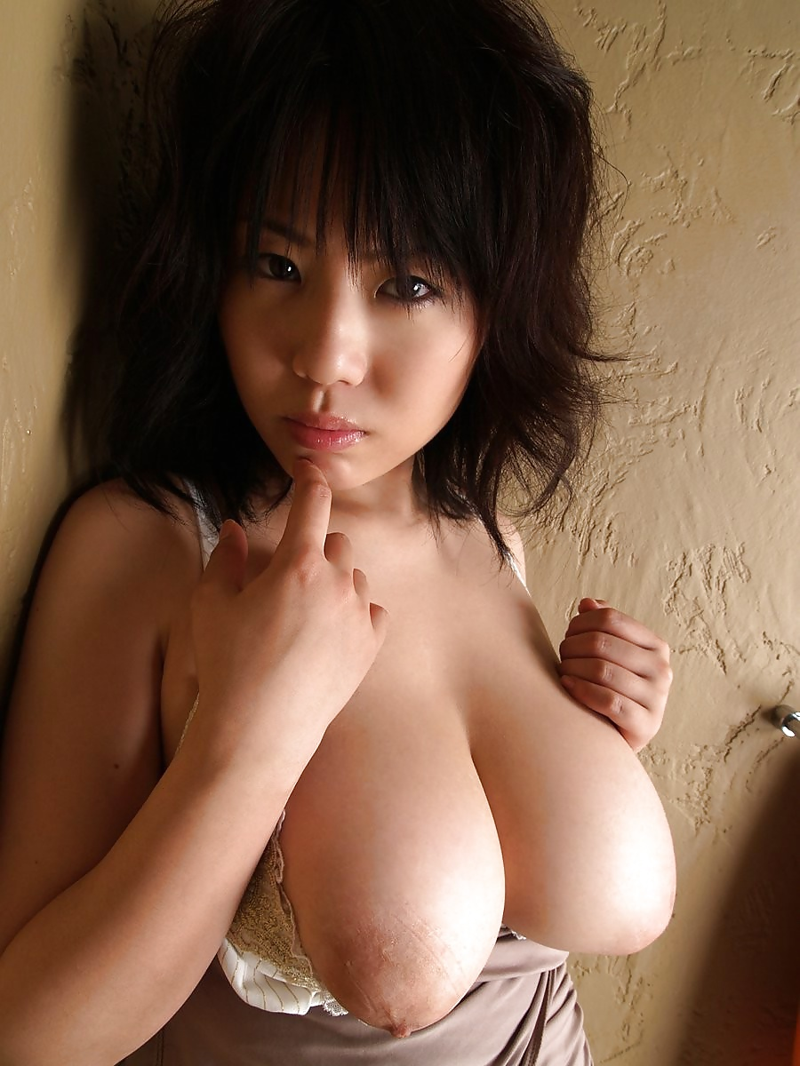 japanese-chicks-with-big-tits-missy-sue-nude