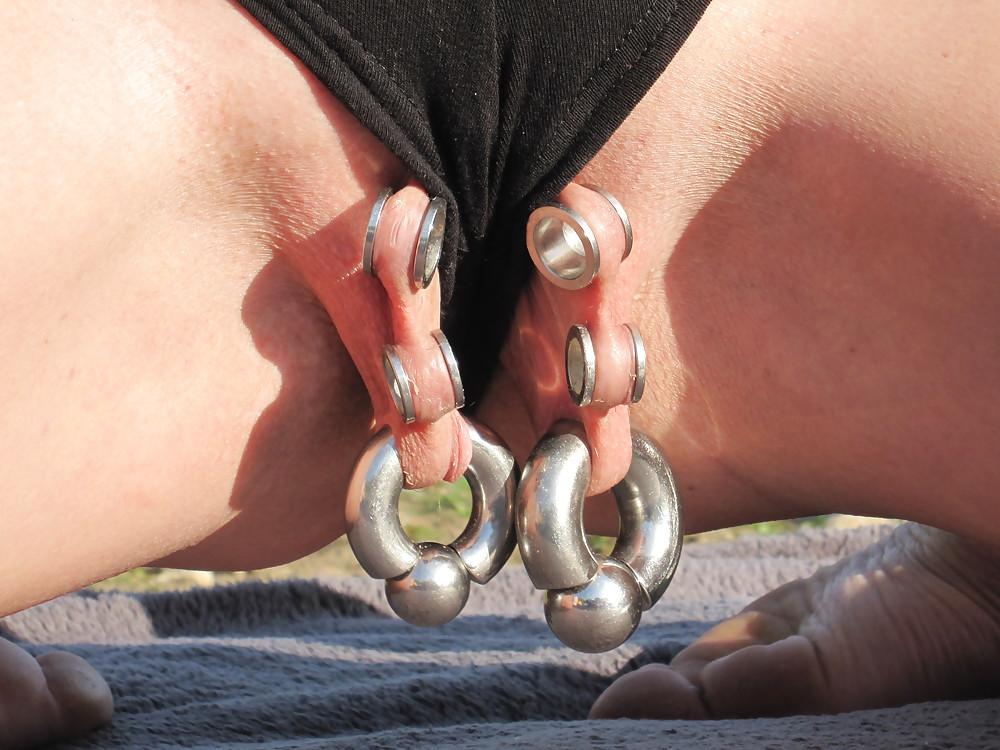 erotic-pierced-slut-pictures