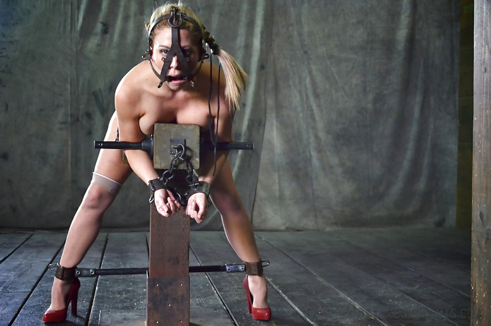 bdsm-slave-chaps-girl-young-spread-shaved