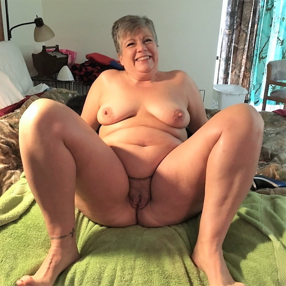 Mature women groups nude