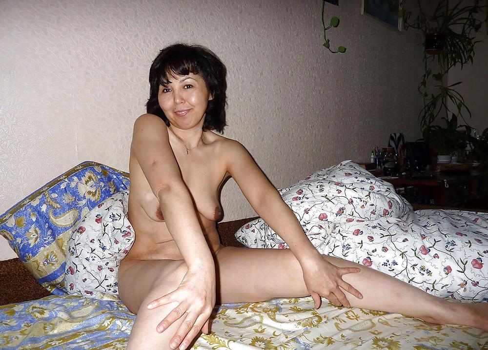 казахстанские девушки хотят секса социальные сети забываем добавлять свои