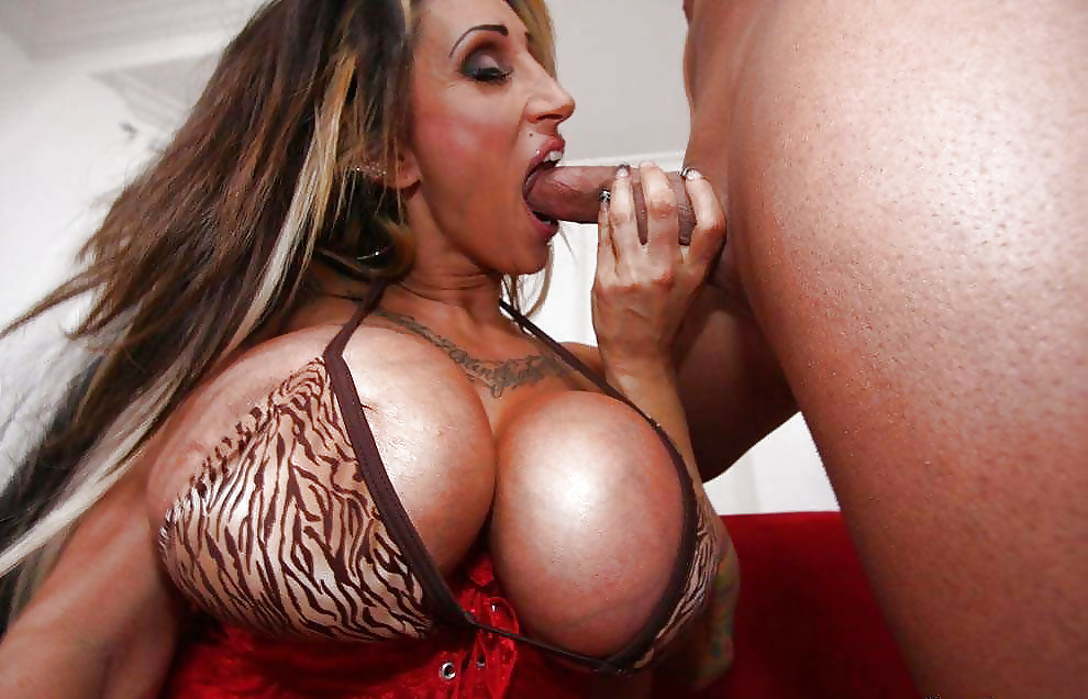 Hardcore pics giant silicone tits getting fucked video nude fitness prince