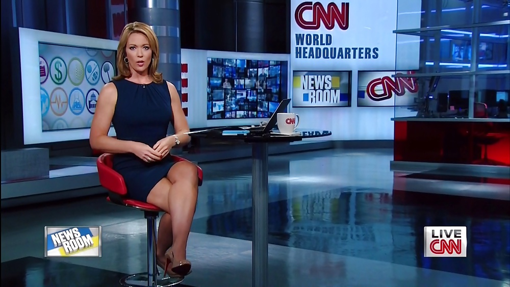 Tvs sexiest news anchors