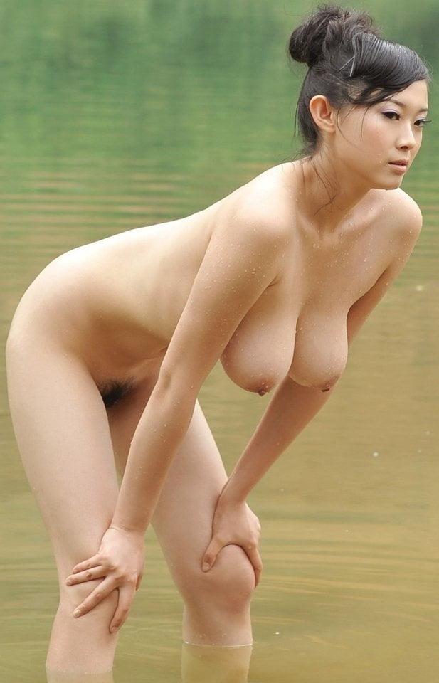 китайские красивые обнаженные девушки пристрастия становятся