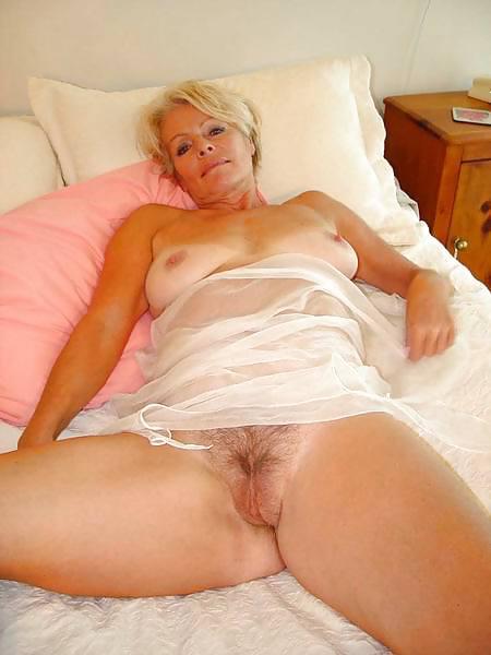 Mature Lady Justine 2 - 30 Pics  Xhamster-5352