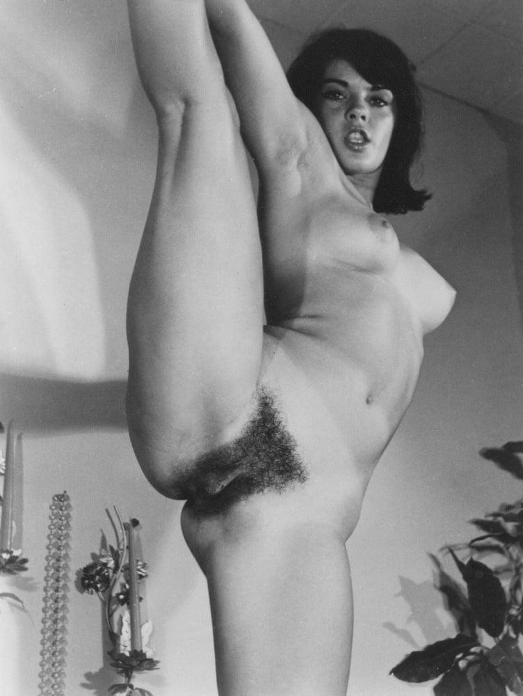 classic-hairy-bush-nude