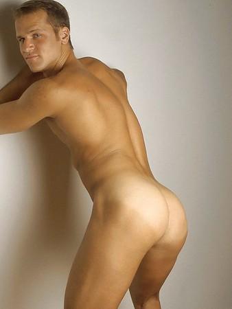 Gay Pon