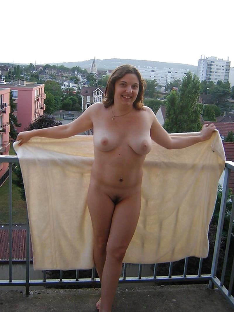 Nude milf surprised