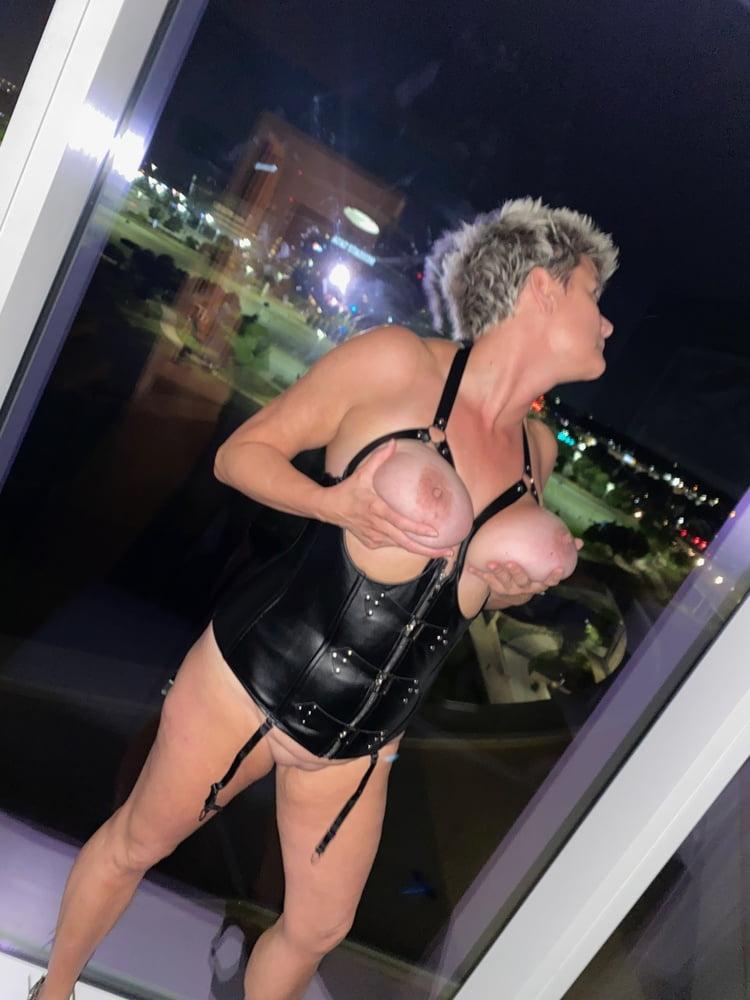 Hotel fun!!!- 10 Pics