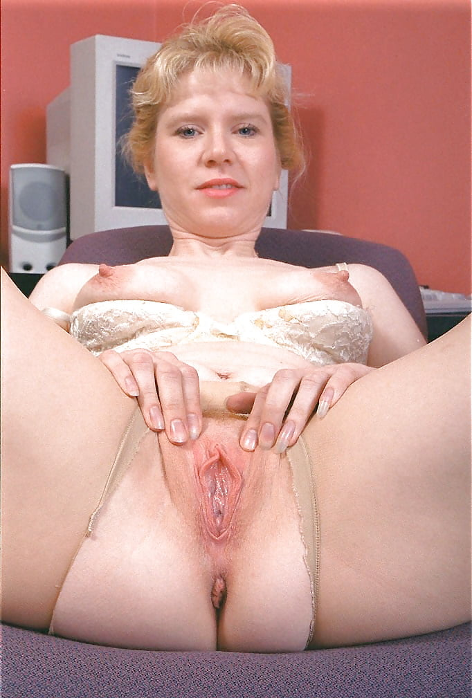 pussy-free-pics-of-shaved-beavers