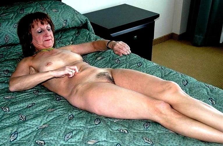 Horny older women near me-6820