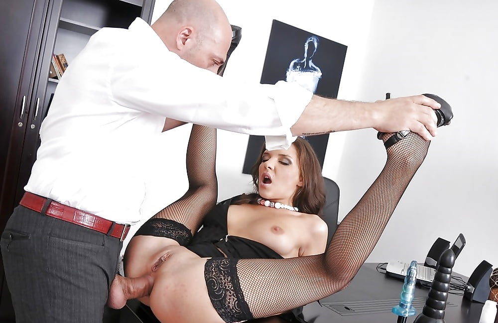 anal-pool-beauty-fucking-in-office-mature-soccer