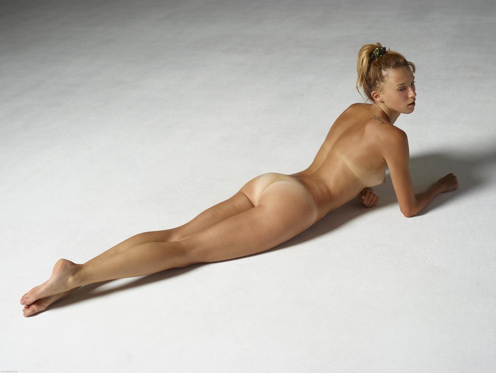Ema Nude In Africa