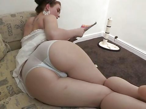 Thick white girl with a nice big-1402