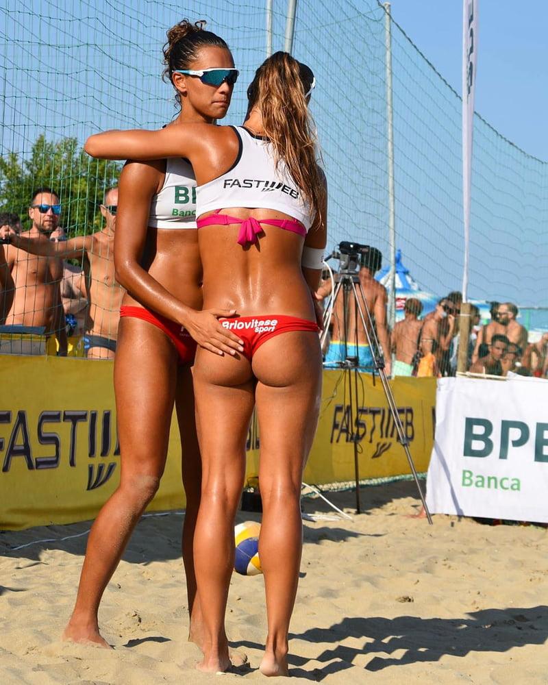 beach-volleyball-women-tits-in-mexico-mfm-fuck-video