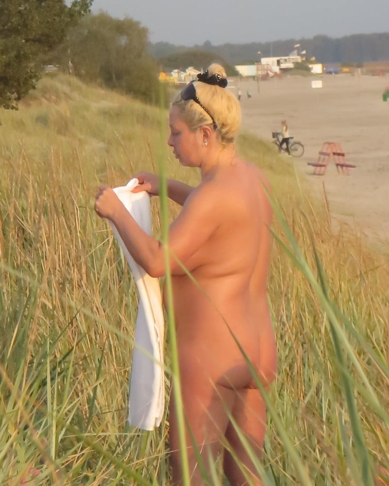Mom naked on the beach-4359