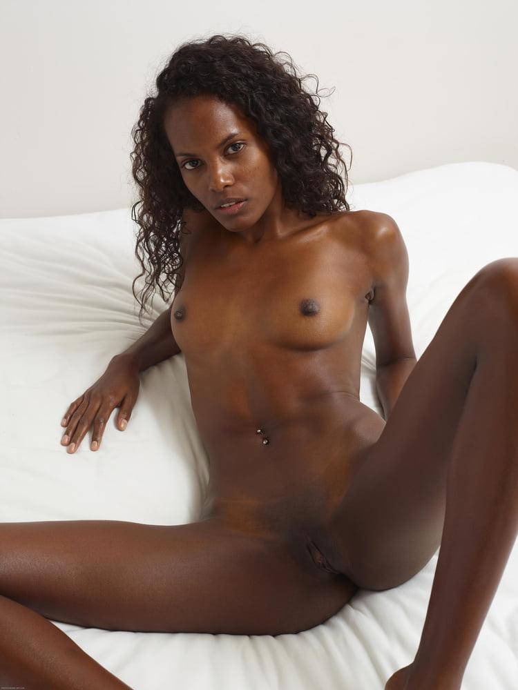 skinny-naked-black-girls-images-latex-nude-gif