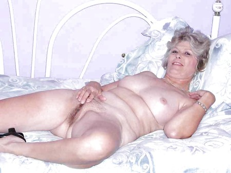 naked hairy grannies