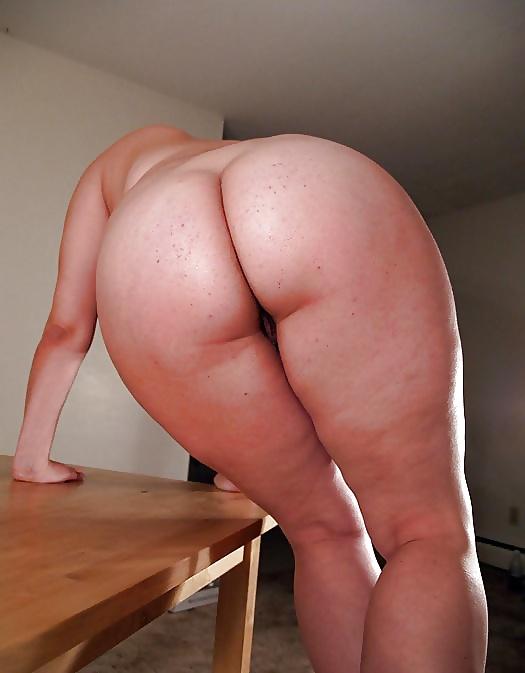 Красивые задницы и ножки толстушек фото
